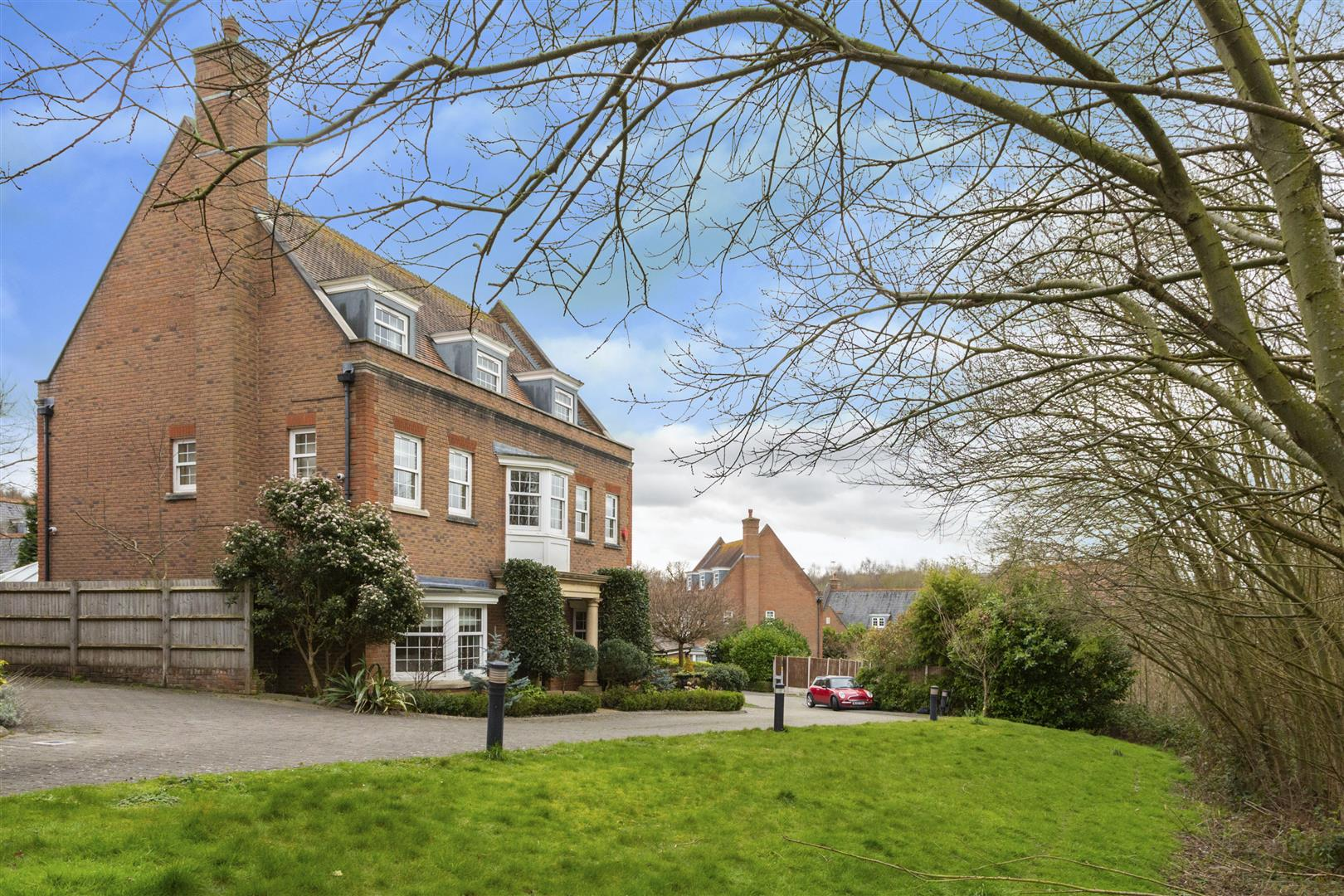Hanover Place, Warley, Brentwood